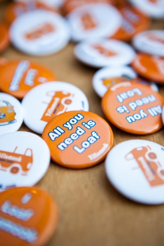 tillamook loaf buttons